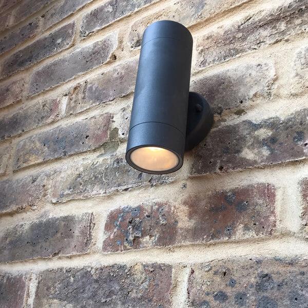 Emergency lighting installations